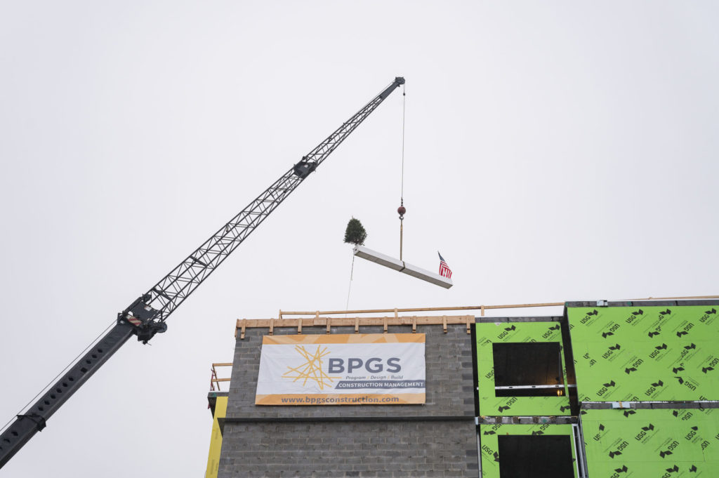 bpgs construction homewood suites wilmington tops out